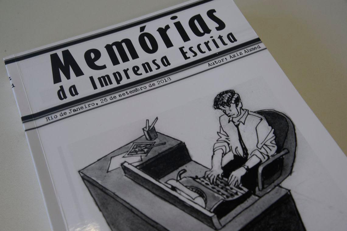 Livro Memórias da Imprensa Escrita, de Aziz Ahmed.