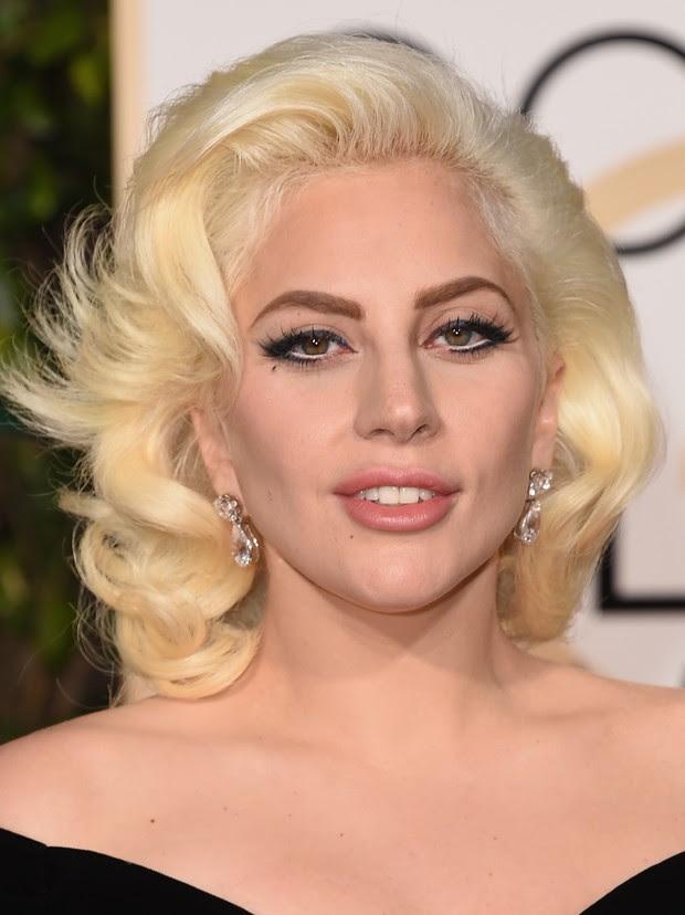 Lady Gaga no Globo de Ouro (Foto: AFP)