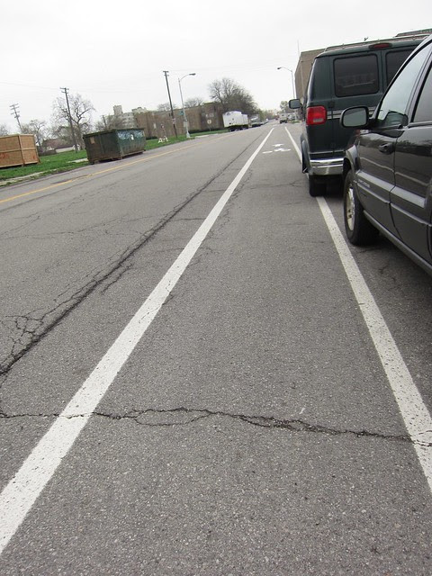 Detroit has 5 foot wide bike lanes