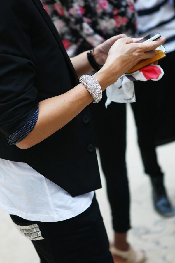 Street Style Paris Fashion Week - Emmanuelle Alt