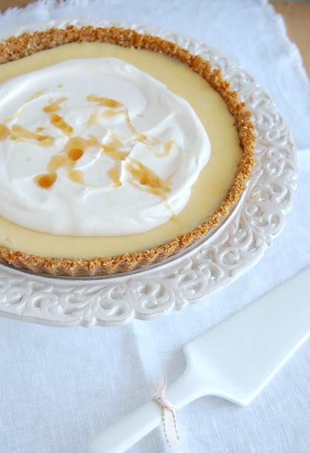 Lemon and honey anzac tart / Torta anzac de mel e limão siciliano