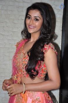Pooja Jhaveri Photos - 15 of 42