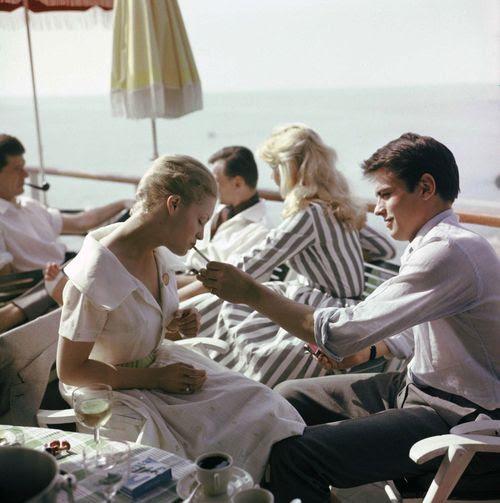 Alain Delon y Romy Schneider en Cannes, 1962