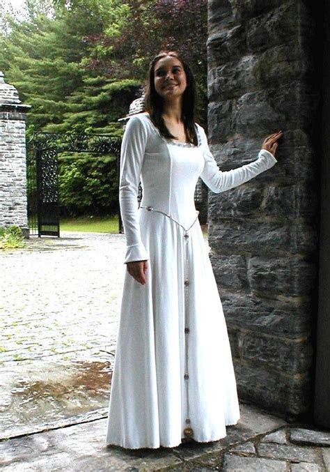 Celtic Wedding Dresses and Wedding Gowns   Wedding Dresses