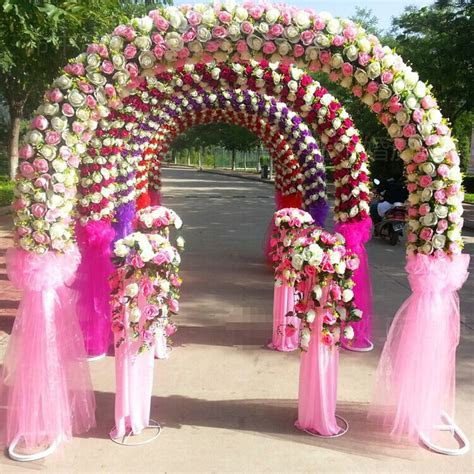 Holiday Supplies Display Wreath, Watch Artificial Flower