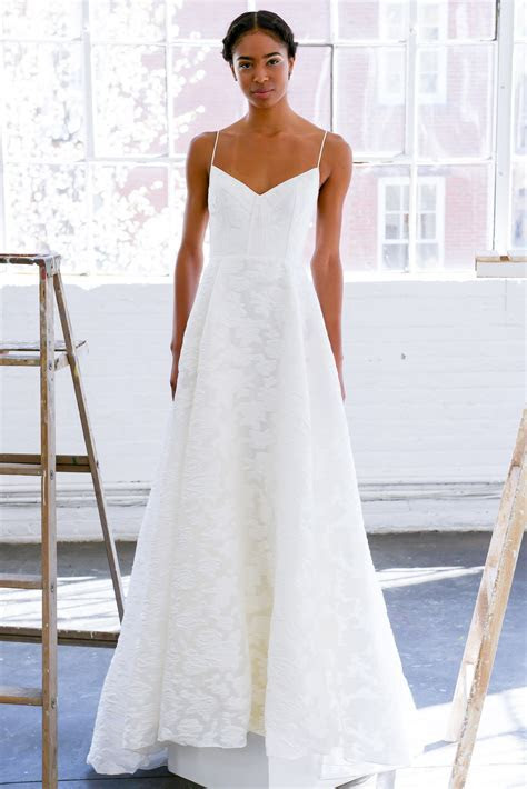 Why simple wedding dresses are popular ? AcetShirt