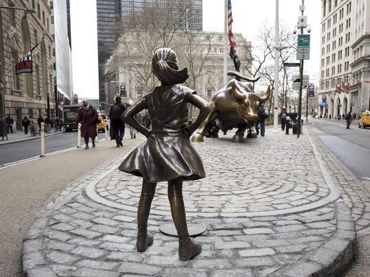2 perusahaan raksasa di belakang NYC patung 'Fearless Girl'