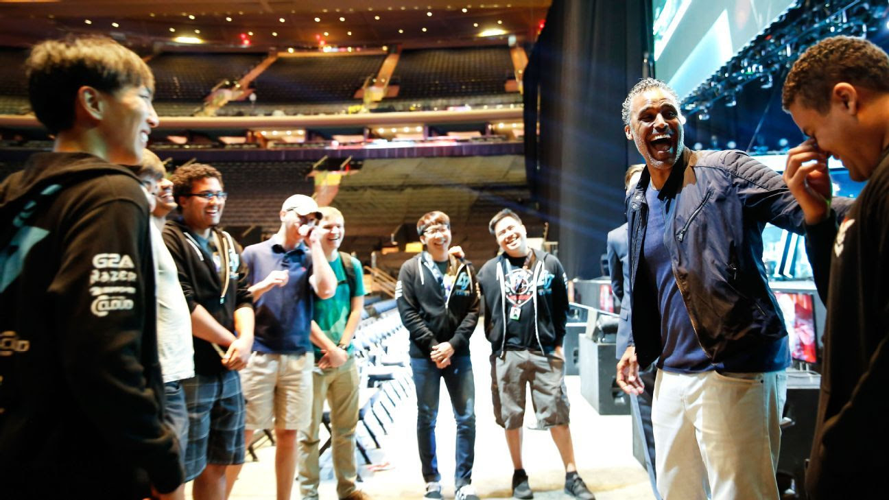 Former NBA player Rick Fox explains why he invested big in eSports screenshot