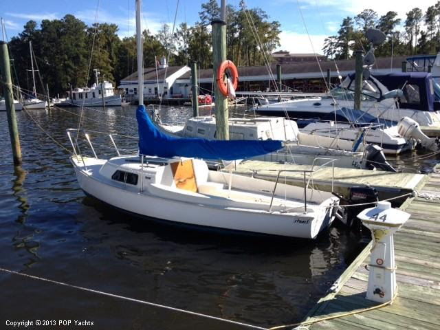1991 Used Mariner 19 Daysailer Sailboat For Sale - $10,000 - Great