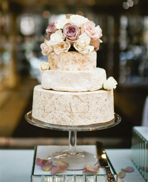 wedding cakes 2 01152016 km