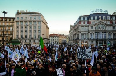 Milhares de militares manifestam-se em Lisboa