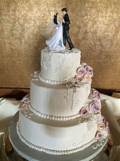 Wedding Cakes by McHale's   Weddings   McHales Events and