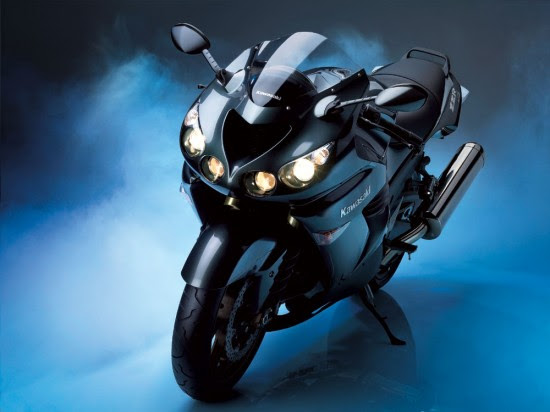Kawasaki Ninja ZZR 1400 550x412 Top 10 Fastest Super Bikes of 2012
