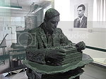 Jon Callas' picture of the Alan Turing statue at Bletchley Park