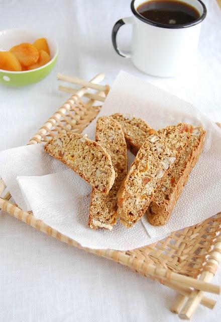 Oatmeal biscotti / Biscotti de aveia