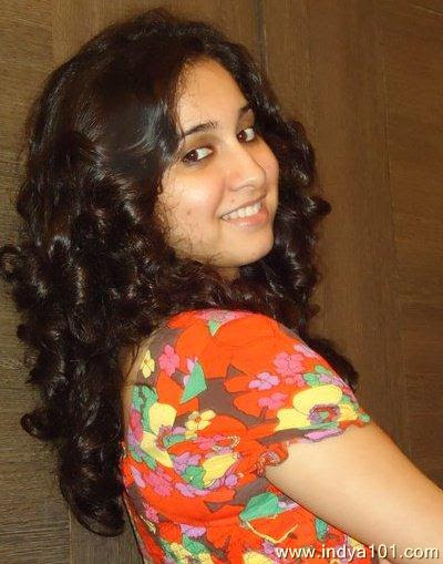 Prajakta Shukre Indian Singer who works in Bollywood Film hot and beautiful wallpapers