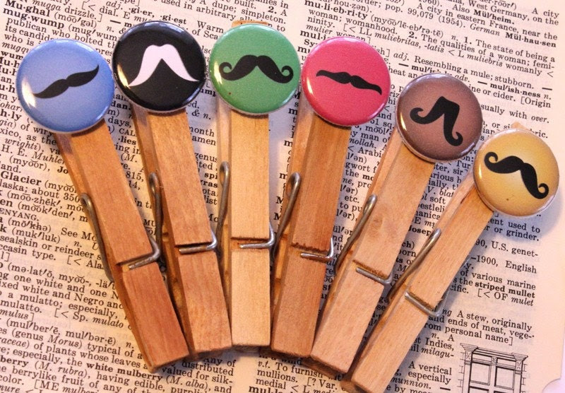 5 MUSTACHE ClothesPins with dimension with bonus pin
