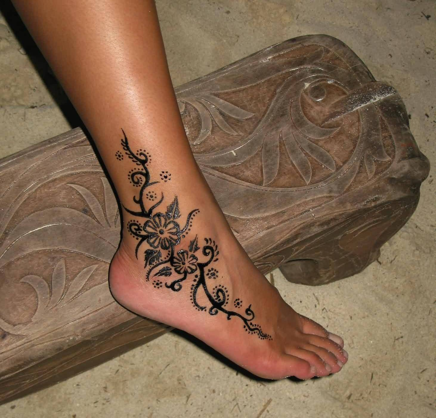 Ankle Flower Tattoos Images Pictures Tattoos Hunter
