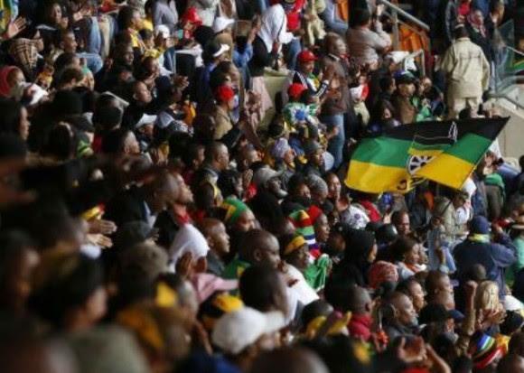 Ovacionan a Raúl en el Soccer City. Foto: Reuters