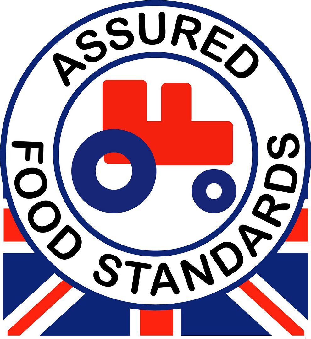 photo red tractor_zpsflmdnkpo.jpg