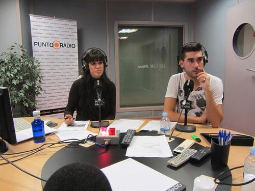 Oiane Flaño Sarasua y Iñigo Yarza Herrero en Radio Punto Euskadi