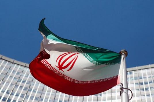 Πυροβολισμοί στη Βουλή του Ιράν – Πληροφορίες για ομήρους και τραυματίες