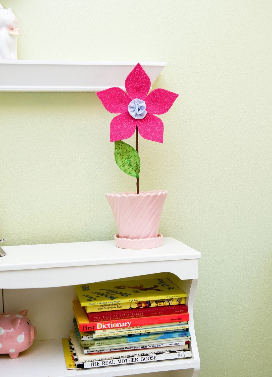 fabric wall flower. 3d wall decor. valentine's day. magenta.
