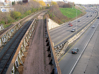 Rail bridge over I-94