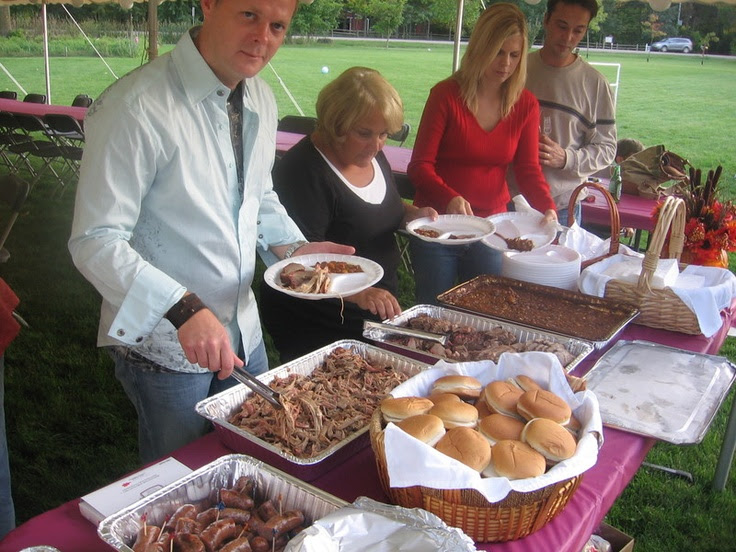 Backyard BBQ Wedding Reception Ideas