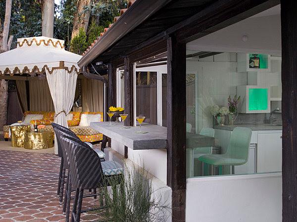Kitchen: Amazing Indoor Outdoor Kitchen Bar With Concrete ...