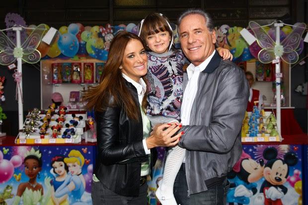 Ticiane Pinheiro com Rafa Justus e Roberto Justus (Foto: Manuela Scarpa / Foto Rio News)