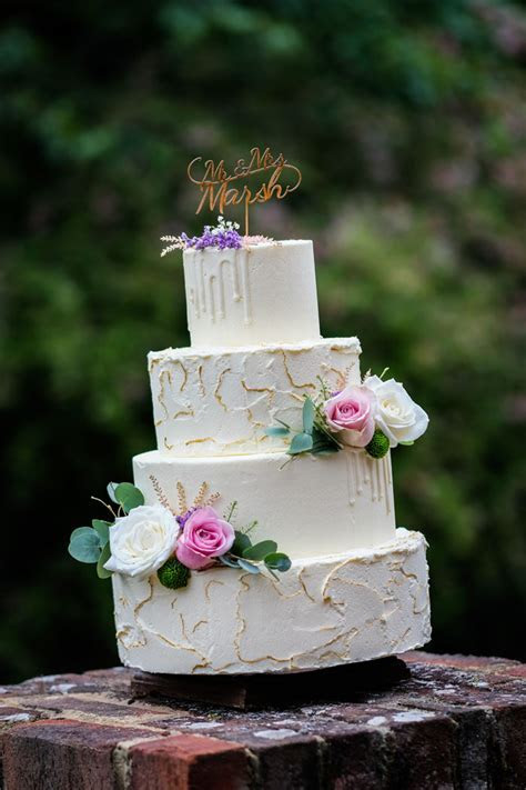 Wedding cake trends for 2017/18