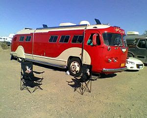 English: 1941 Flxible Motor Home