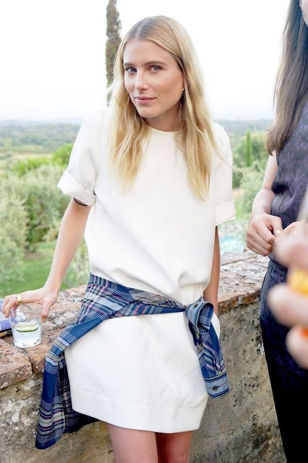 Le Fashion Blog Model Style Dree Hemingway White Shift Dress Blue Plaid Shirt Tied Around The Waist Effortless Wavy Hair Tuscany Via Vogue