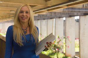 Aluna da UnB é primeira cigana a concluir doutorado na América Latina