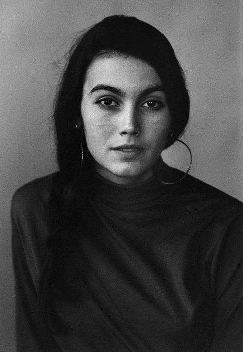 Emmylou Harris photographed by David Gahr, 1968