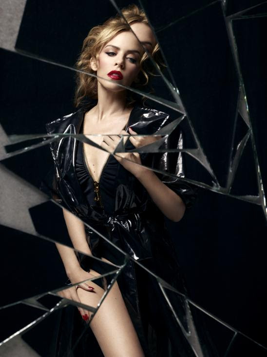 kylie minogue kiss me once promo 2 Hot Shots: Kylie Minogue Sizzles In New Kiss Me Once Promos
