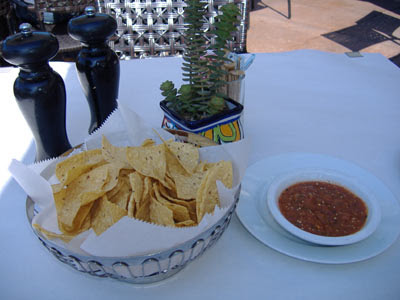 Taleo Mexican Grill - Chips and Salsa