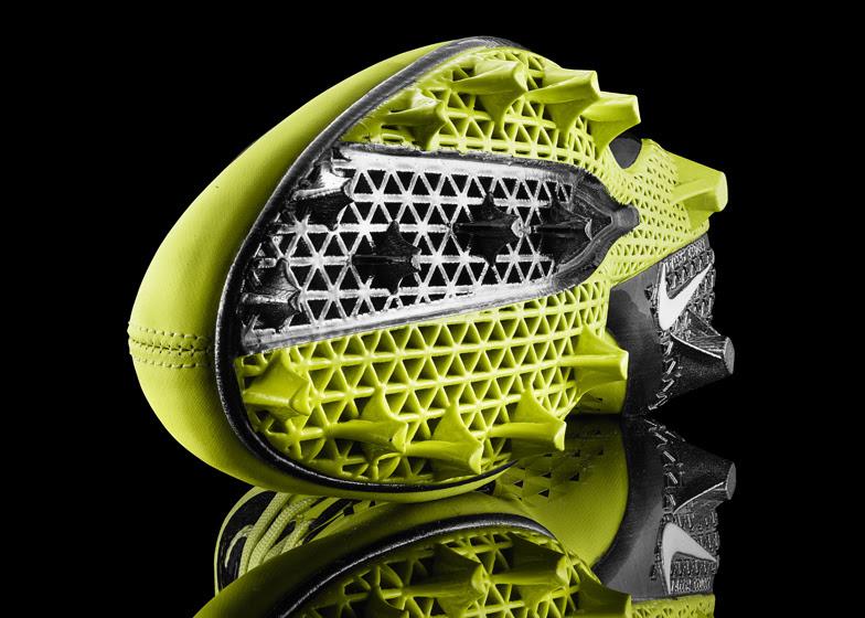 Sepatu Bola Nike PakeTeknologi Selective Laser Sintering