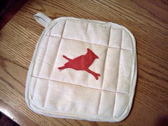 cardinal bird silhouette pot holder / hot pad
