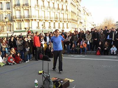 jongleur sur le pont.jpg