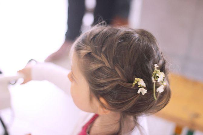 photo 3-coiffuretresse_fleurs_mariage_zps2eb735f9.jpg