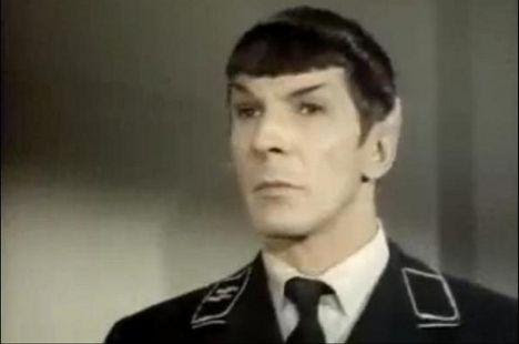 Spock nell'episodio «Patterns of force»