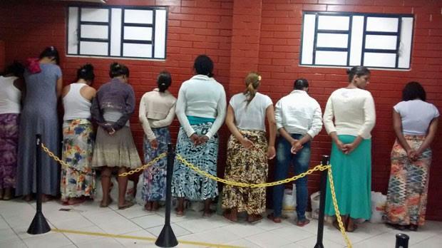 Doze mulheres foram presas em um mesmo dia durante revistas no Complexo de Gericinó (Foto: Divulgação / Seap)