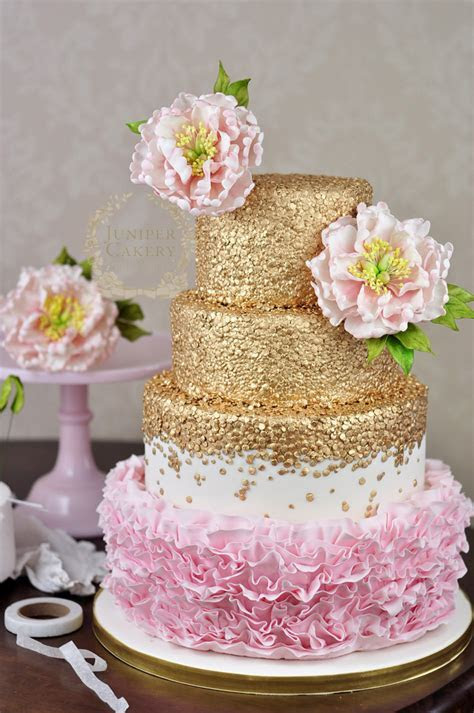 Budding Talent: How to Make a Floral Cake Topper