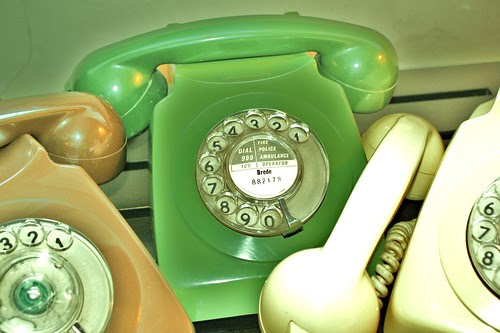 Saturation telephone