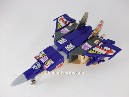 Transformers Blitzwing G1 - modo jet