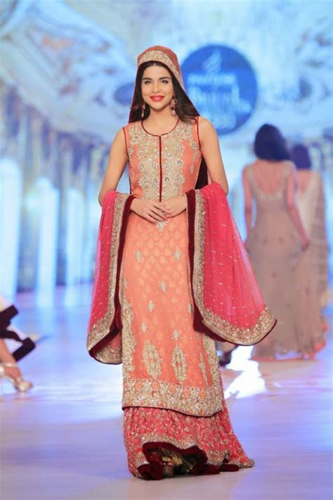 Fashion Style & Glamour World: Fashion Dress Designer Rani