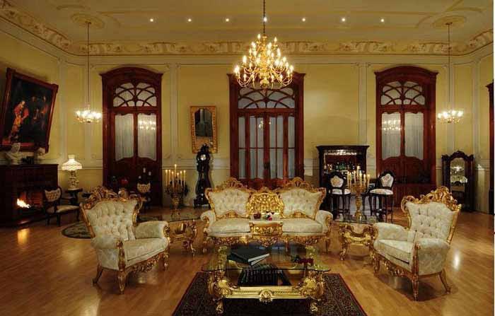 Desain Ruang Tamu Gaya Victorian Klasik