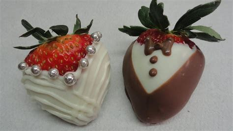 """""""Dressed Up"""" Chocolate Dipped Strawberries (Bride and"""
